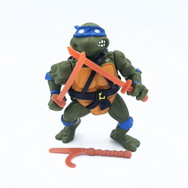Actionfigur von Leonardo, dem Anführer der Teenage Mutant Ninja Turtles aus dem Jahr 1988