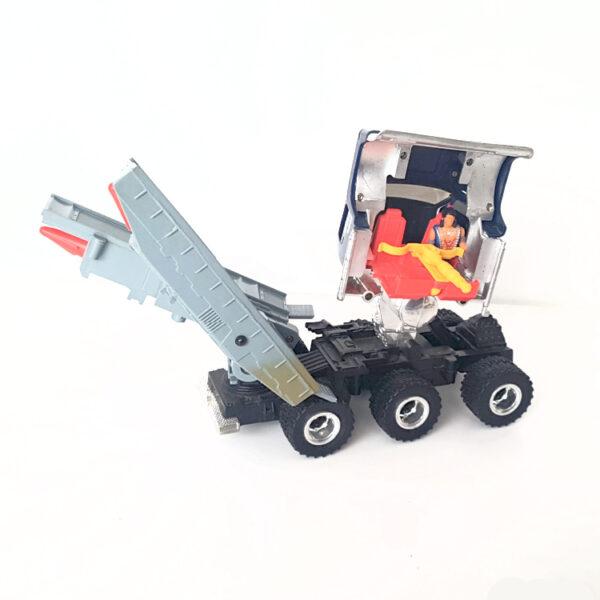 Goliath mit Figuren aus 1986 von Kenner Toys / M.A.S.K. Action
