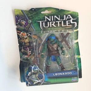 Leonardo ist der Anführer der Teenage Mutant Ninja Turtles und kommt hier als coole Actionfigur aus dem Jahr 2014 als MOC