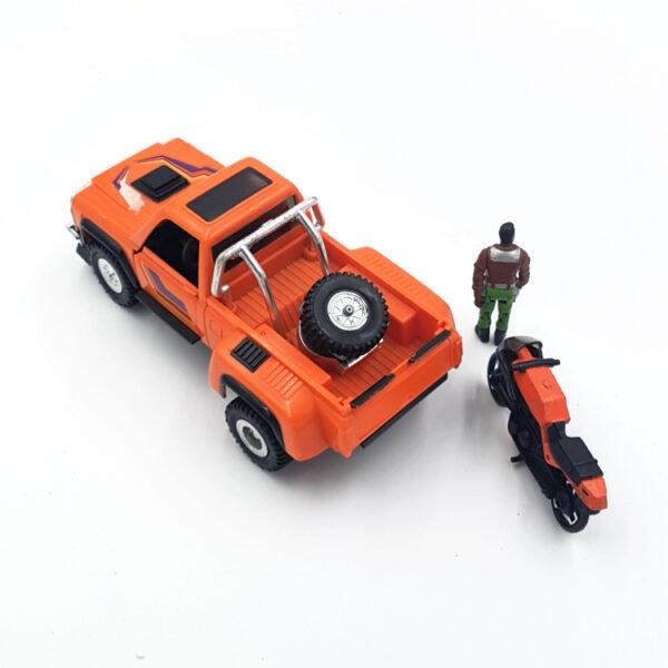 Wildcat mit Figur aus 1987 von Kenner Toys / M.A.S.K. hinten