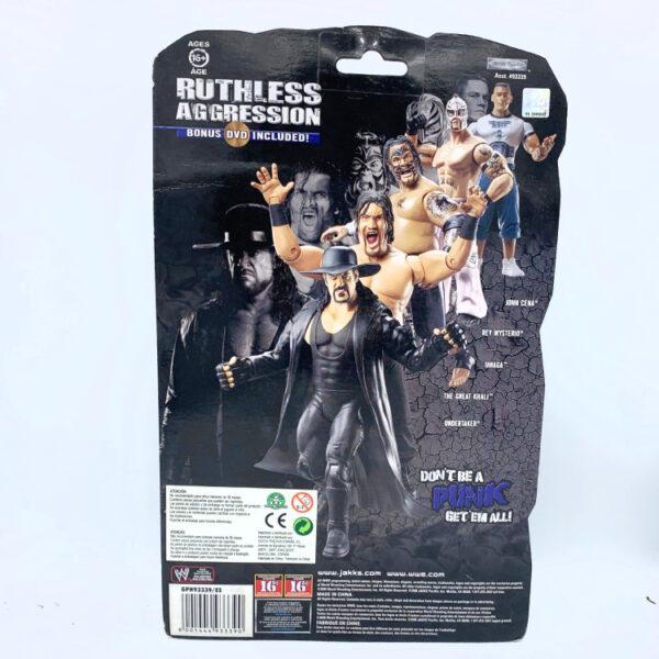 Umaga + DVD - Actionfigur aus 2008 von Jakks / WWE Ruthless Aggression hinten